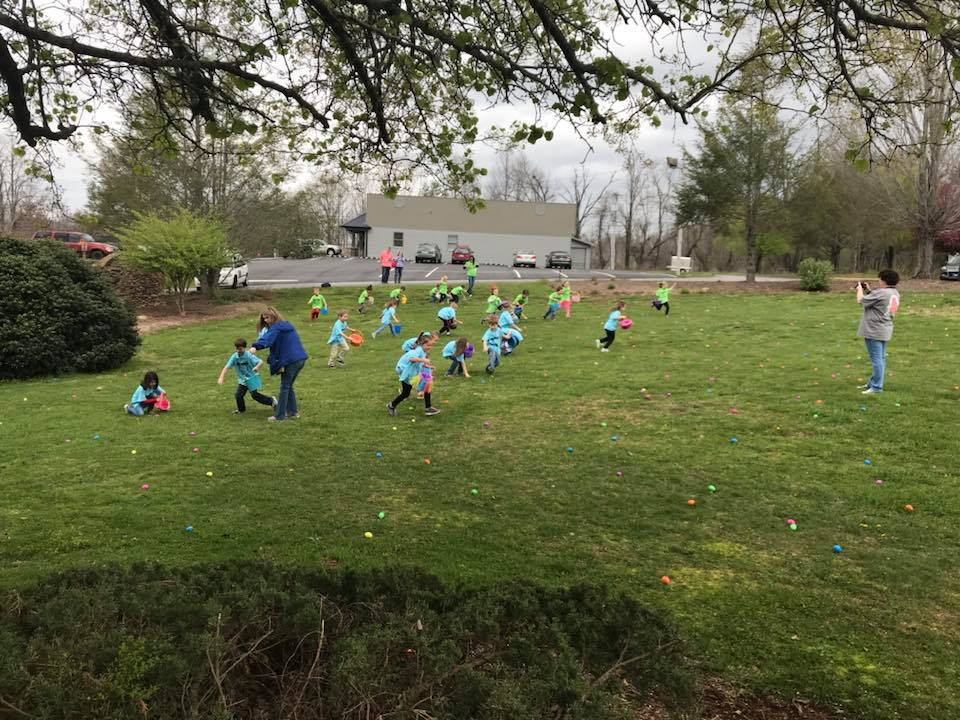 Brasstown Manor - Community Easter Egg Hunt