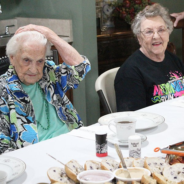 Brasstown Manor Senior Living - Assisted Living Mealtime